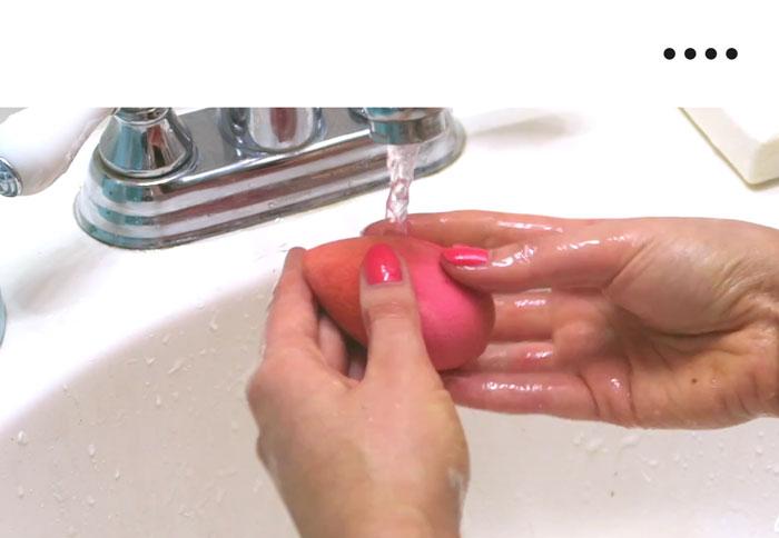 как чистить спонж